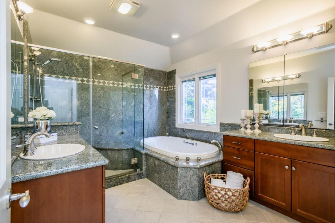 840 Newhall Rd Burlingame CA-large-031-26-Master Bath-1500x1000-72dpi