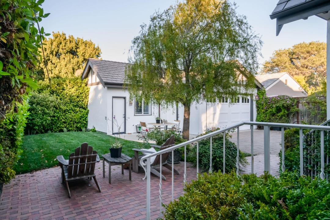 840 Newhall Rd Burlingame CA-large-041-39-Patio-1500x1000-72dpi