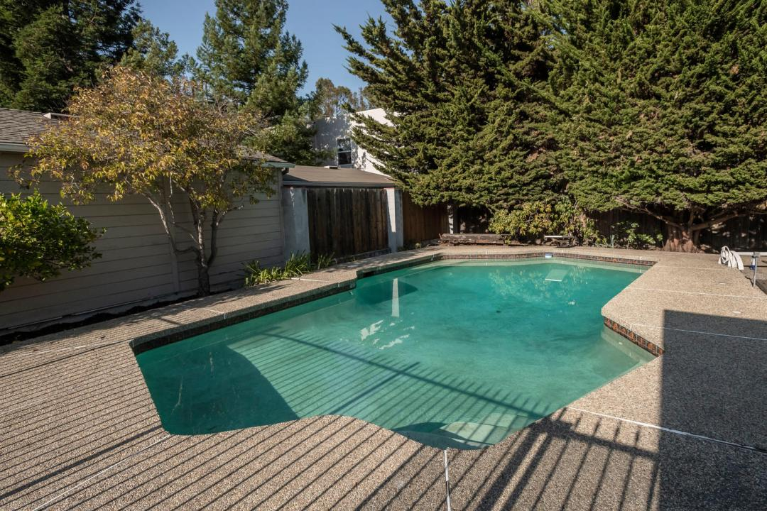 726 Walnut Ave Burlingame CA-large-029-028-726Walnut 0082-1500x1000-72dpi