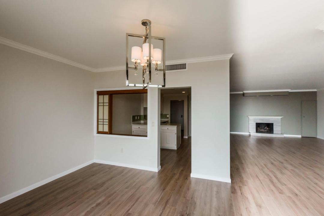 50 Mounds Rd San Mateo CA-large-008-009-Dining RoomKitchen-1499x1000-72dpi