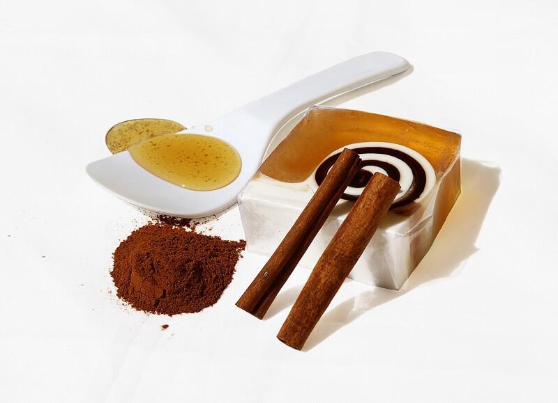 cara minum madu dan kayu manis