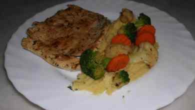 Photo of Bife de perú com puré e legumes