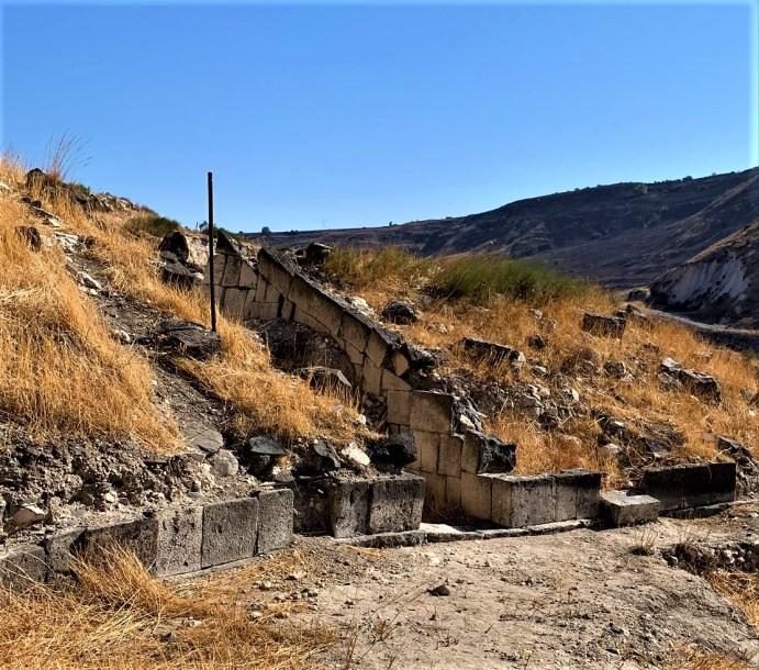 סוסיתא-האמפיתאטרון שלמרגלות שער הכניסה לעיר