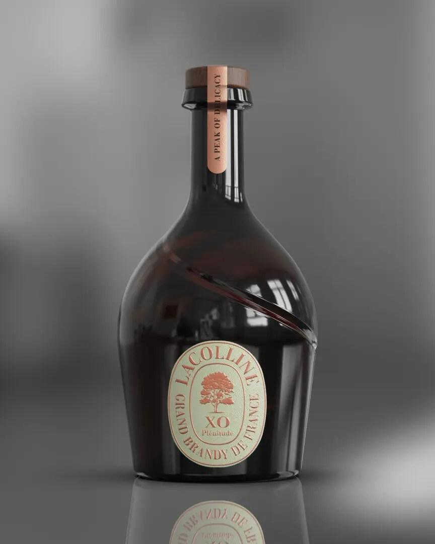 Billede af en flaske Lacolinne brandy med grå baggrund