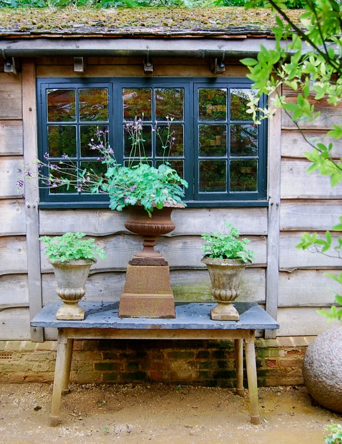 A seemingly 'careless' arrangement outside the kitchen