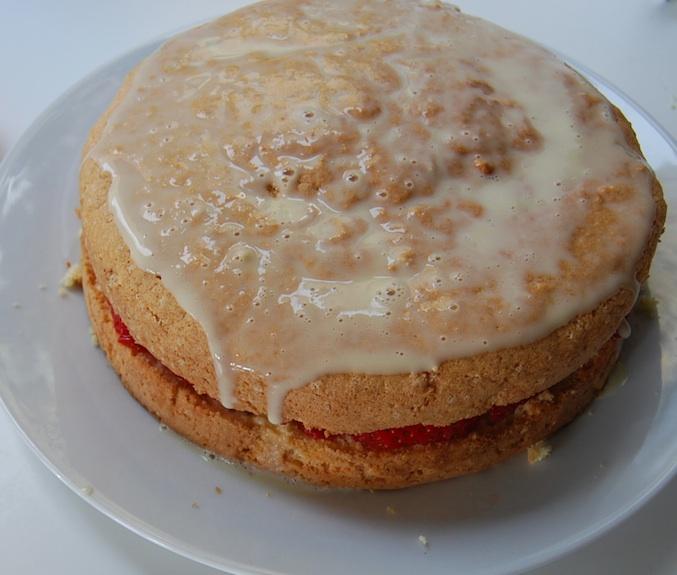 Pastel Tres Leches cream 2
