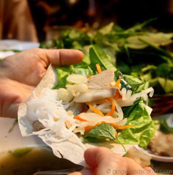 Assembling the Bánh Tráng 2