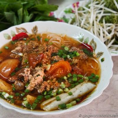 Bun Rieu in Saigon – Vietnamese Crab and Tomato Rice Noodle Soup