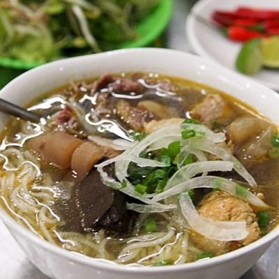 Photo Tour: Hue (Vietnam)