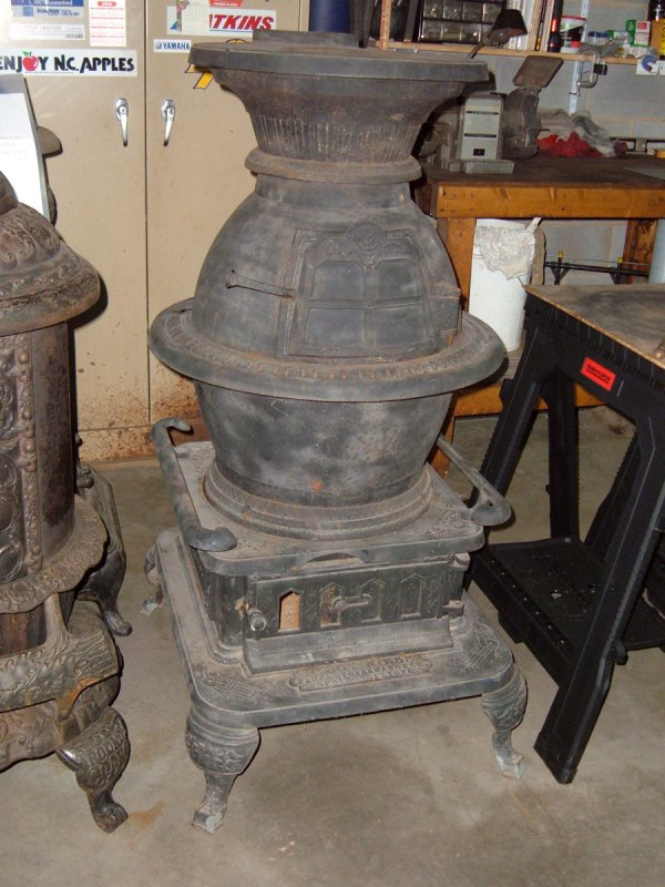 Pilot .55 Pot Belly Stove With History Ginger