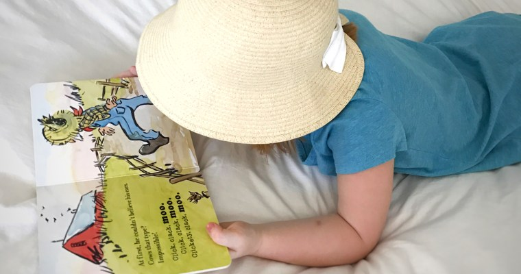 """Click, Clack, Moo"" by Doreen Cronin: Straw Hat Roundup"