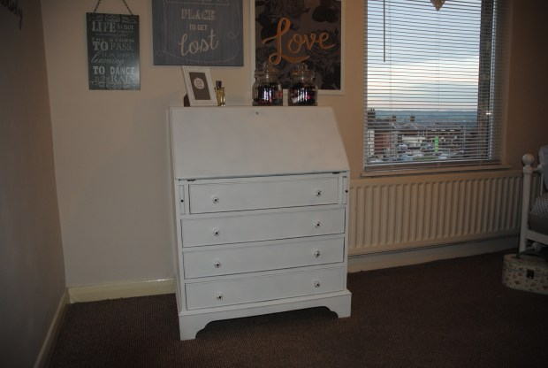hillarys-bedroom-makeover-spare-room-diy-writing-bureau-white-closed-full