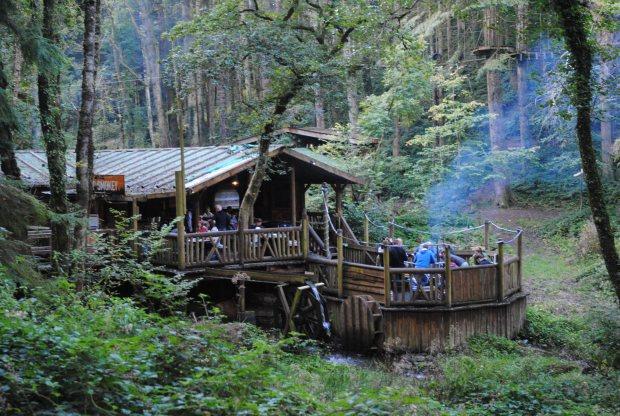 Bluestone-Wales-Camp-Smokey
