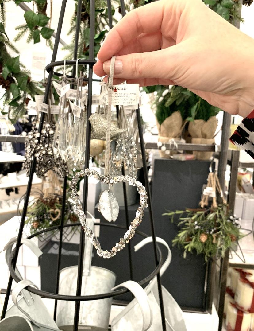 Christmas Shopping At centre:mk