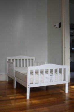 SOLD: toddler bed and dresser combo $110
