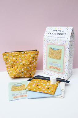 make-up_bag_sewing_kit_grande
