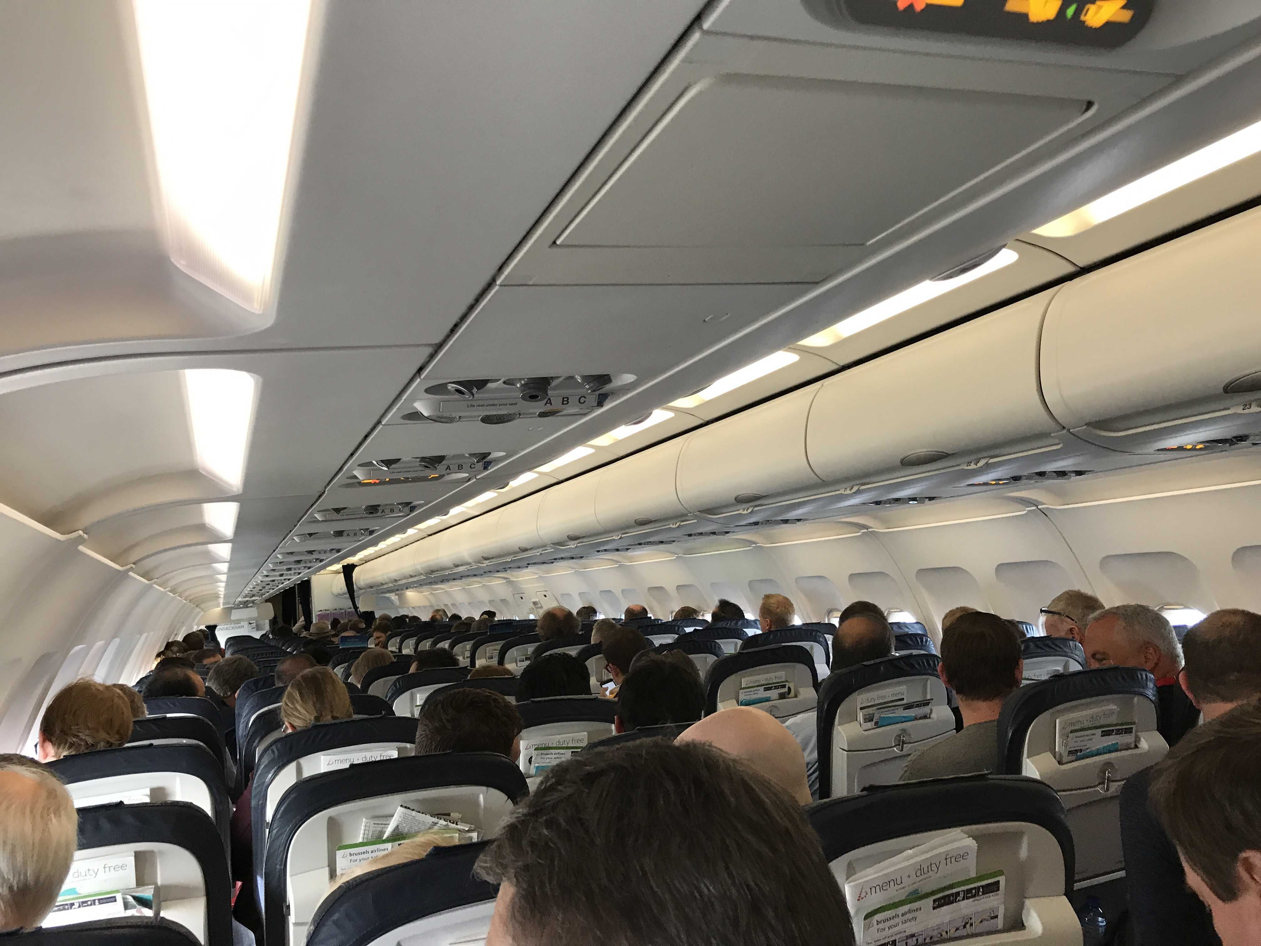 Brussels Airlines A320 interior