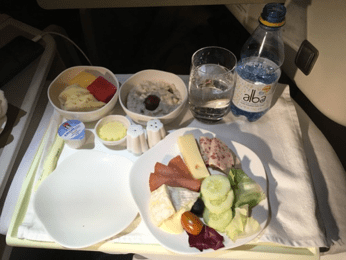 Vietname airlines business class food