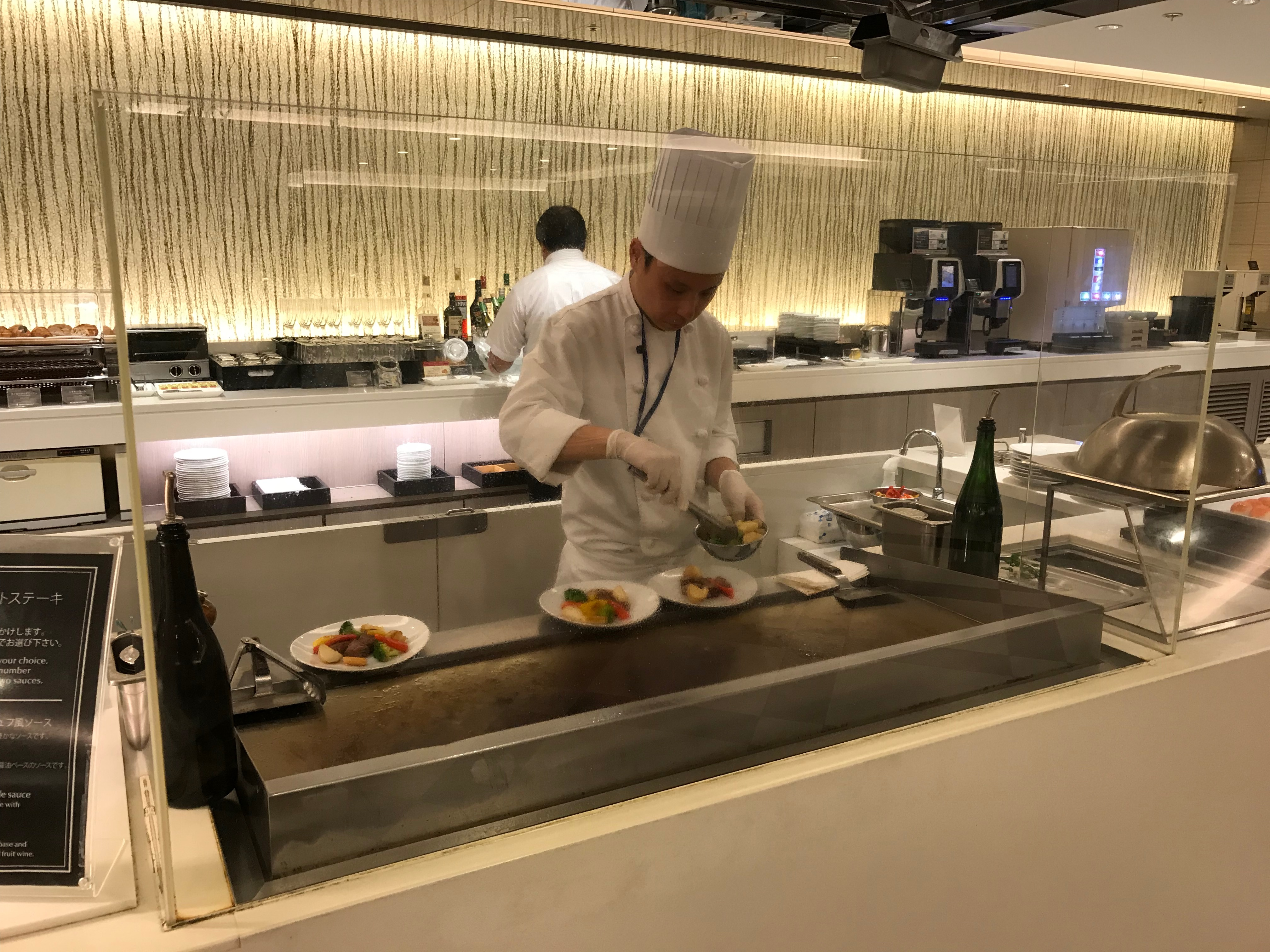 JAL First Class lounge Haneda chef station