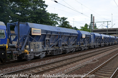 Self-discharge Train Faeeprrs 37 80 6912 000-4 passes through Hamburg Harburg in Germany on the 20th July 2012