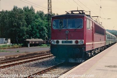 155 222-3 stands at Flöha, Germany sometime during July 1992.