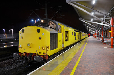 97 301 at Rugby whilst working 3Q70 20:40 Bletchley - Derby on the 19th January 2012