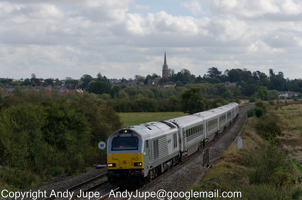 67 014 heads North through Kings Sutton (GB) whilst working Chiltern Railways 1R37 the 13:15 hours from London Marylebone to Birmingham Moor Street on Friday the 3rd October 2014
