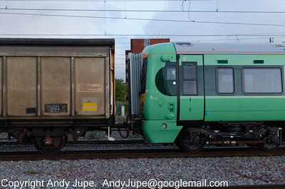 RBA 210493 coupled to 377 601 in the consist of 7Z67 17:44 Derby to Wembley Yard whilst at Rugby on the 13th of May 2013