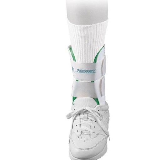 Tornozeleira AirCast Esporte - Indicações Prevenção de traumas de  tornozelos na prática esportiva. Tratamento de 7577b6e0c424d