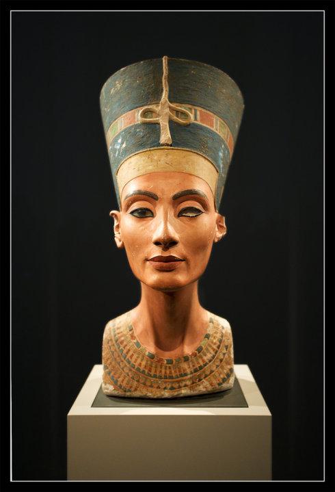 Nefertiti Cent'anni Fa Veniva Scoperto Il Busto Della