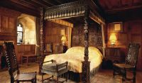 Anne Boleyn's Bedroom and Prayer Books - Hever Castle