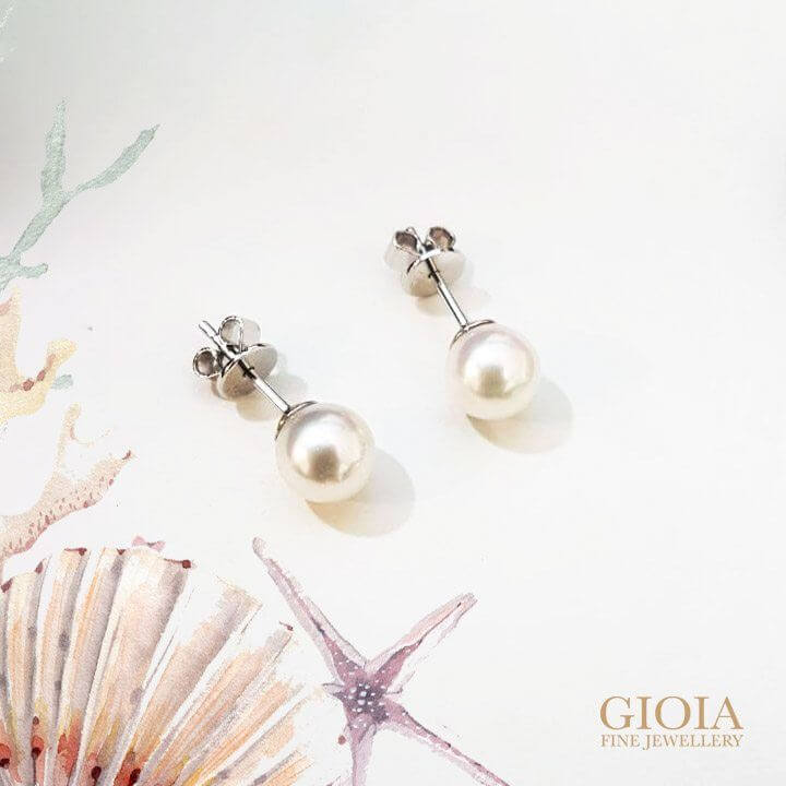 pearl from Akoya Earring Stud