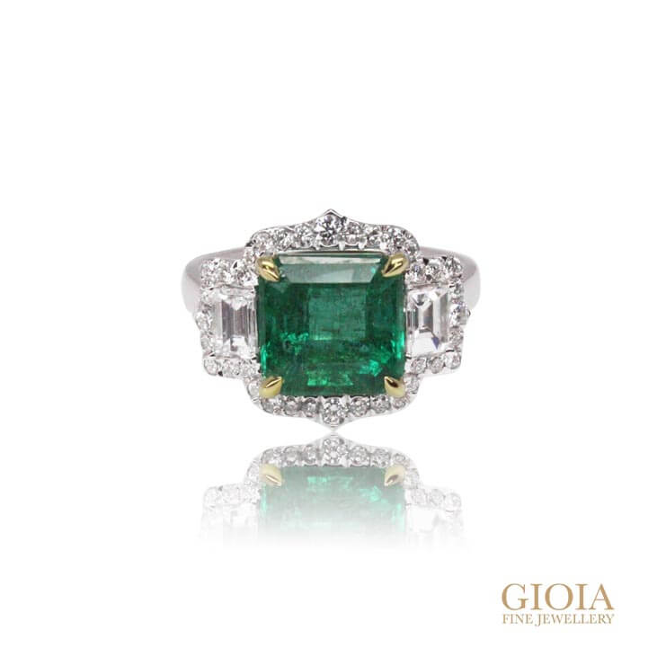 Custom made Emerald Ring