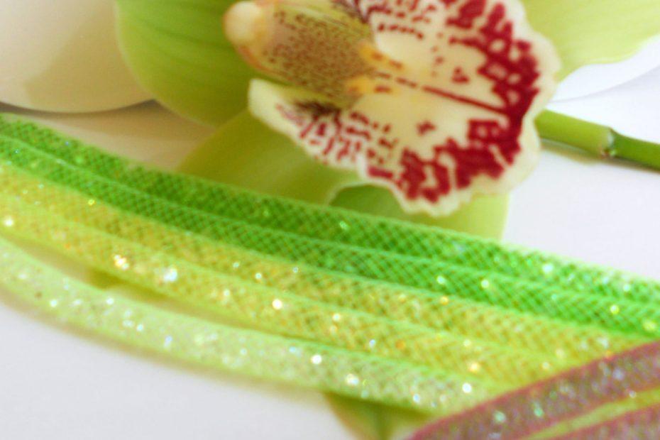 gioielli verdi chiaro