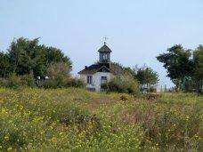 La chapelle du cimetière. Crédit photo Claude A.