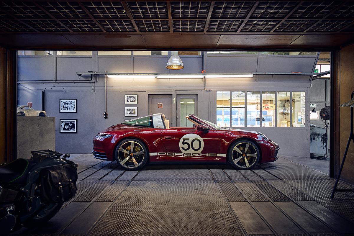 La nuova Porsche 911 Targa 4S Heritage Design Edition