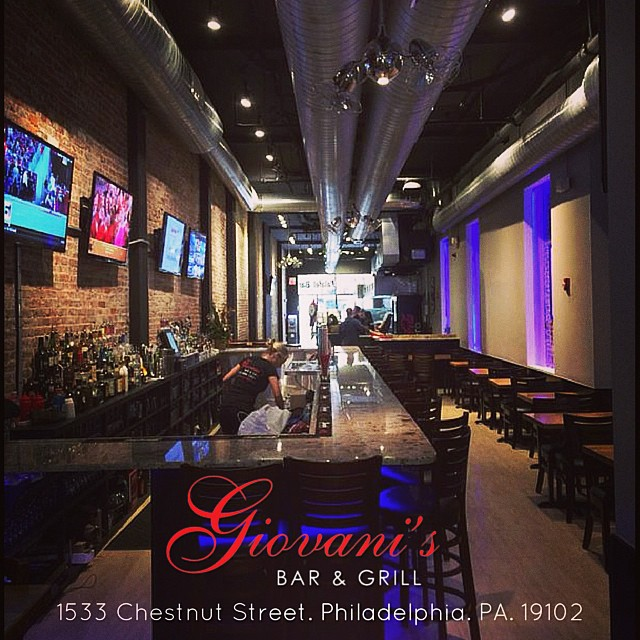Giovani's Bar and Grill