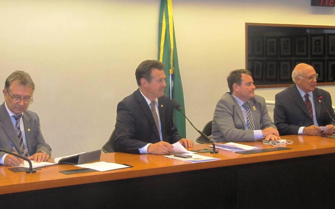 Reunião da Bancada Gaúcha em Brasília com Famurs