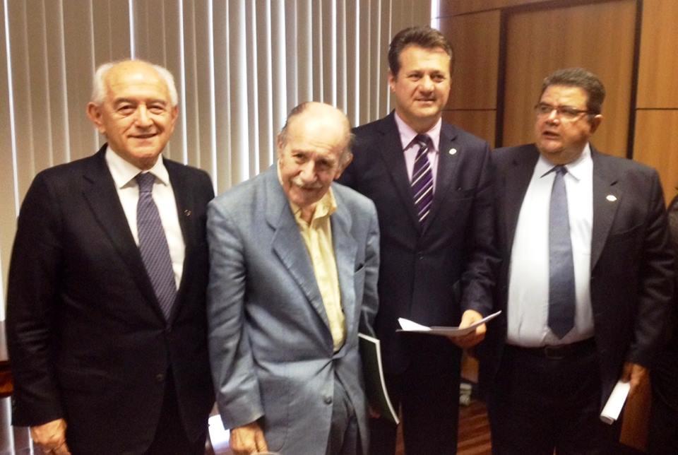Cooperativismo é tema de audiência com ministro Manoel Dias