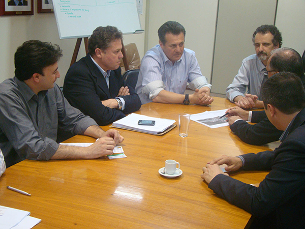 Giovani Cherini acompanha município de Capivari do Sul em audiência na Secretaria de Planejamento