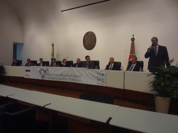 Deputado Cherini representa a Câmara Federal no II Encontro Nacional sobre Controle e Gestão Pública