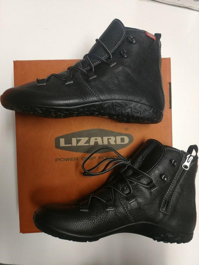 best travel shoes lizard urban kross mid m
