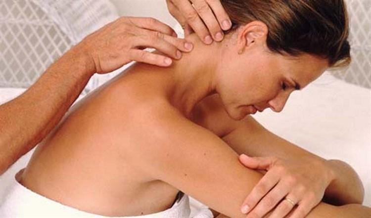 gimdos kaklelio zonos ir hipertenzijos masažas)