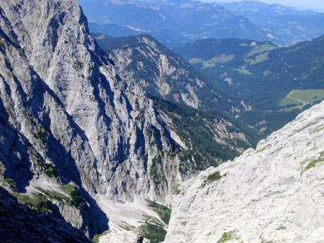 Unten ist der Weg ins Kaisertal hinab erkennbar © Gipfelfieber.com