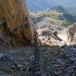 74 Stufen führen an der Wand nach oben © Gipfelfieber.com