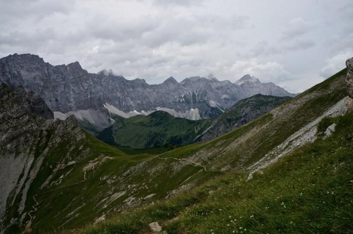 Blick Richtung Gumpenjöchl und Vomperkette © Gipfelfieber.com