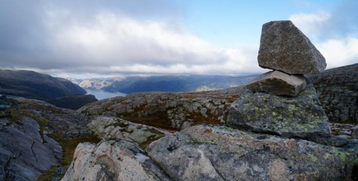Von Fjorden, Steinen, Trollen und 4444 Stufen