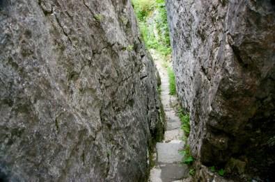 Im gespaltenen Stein © Gipfelfieber.com