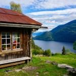 Hütte über dem Bandak ©Gipfelfieber