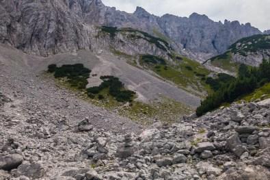 Steinmandl markieren den Abzweig zum Lärchegg ©Gipfelfieber